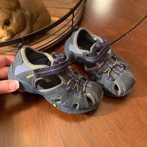 MERRILL. Boys Sandals. Blue/Gray. Size 7W